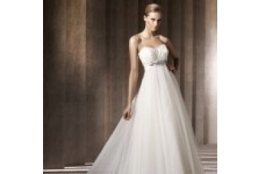 "Pronovias ""In Stock"" Wedding Dress - Style Barcares"
