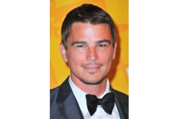 Josh Hartnett At Arrivals For El Museo Del Barrio Gala Photo Print (8 x 10)