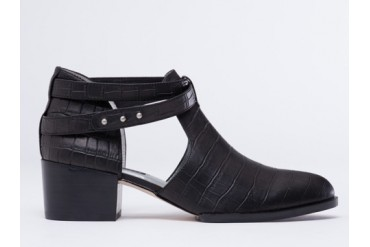 Senso Qimat in Black Printed Croc Calf size 7.0