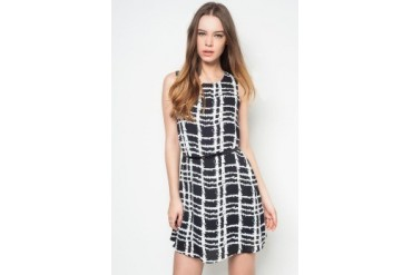 Something Borrowed Gridline Dress