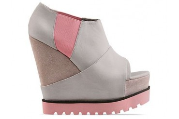 Senso Vendetta in Light Grey Pink Sole size 11.0