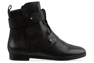 See By Chloe SB19110 in Black size 11.0