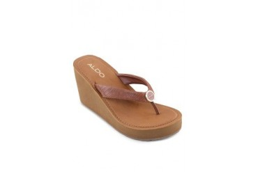 Ocoawen Wedge Sandals