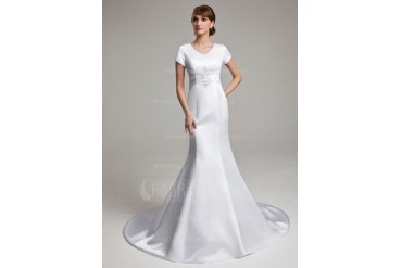 Trumpet/Mermaid V-neck Chapel Train Satin Wedding Dress With Ruffle Lace (002001670)