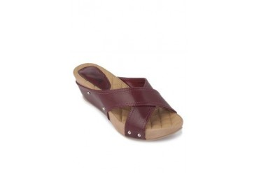 Noemie Wedges