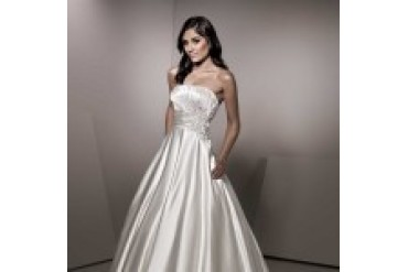 "Ella Rosa ""In Stock"" Wedding Dress - Style BE152"
