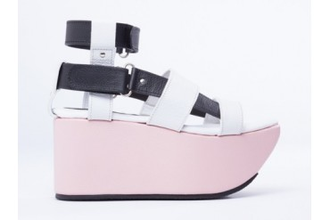 Feminine And Masculine 1954X Resort Platform in White Black Pink size 6.0