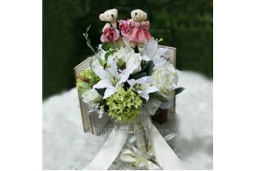 Cute Bear Free-Form Satin Bridal Bouquets (124032048)