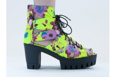 Jennifer Chou Bubbly in Neon Yellow Floral size 11.0