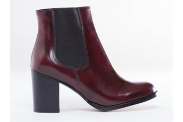 To Be Announced TEN20 NS in Burgundy Leather size 6.0
