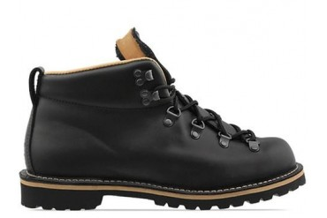 Danner Mtn Trail Holladay in Black size 13.0