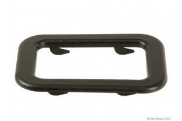 1984-1987 BMW 325e Door Handle Trim APA/URO Parts BMW Door Handle Trim W0133-1640052 84 85 86 87
